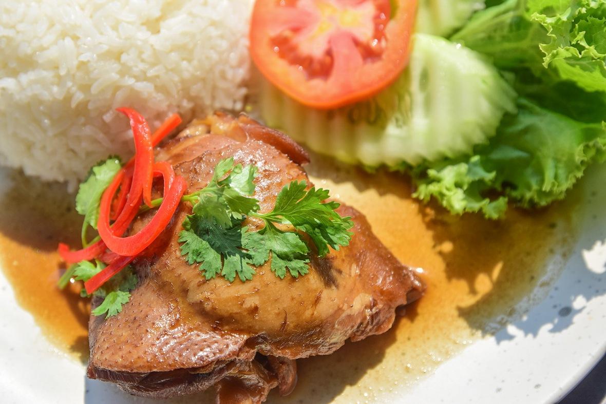 Chata thammachart Cafe&Bistro (15)