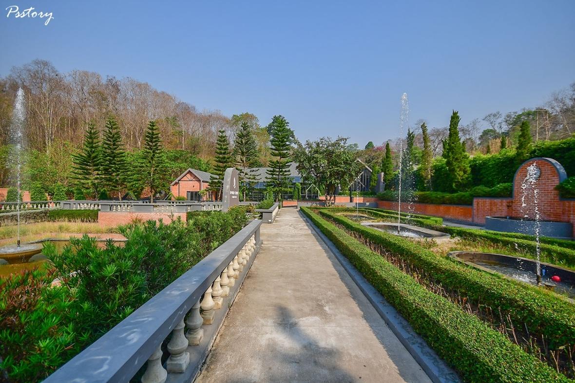 Flora Creek Chiang Mai (12)