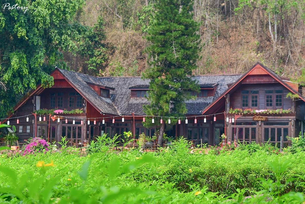 Flora Creek Chiang Mai (191)