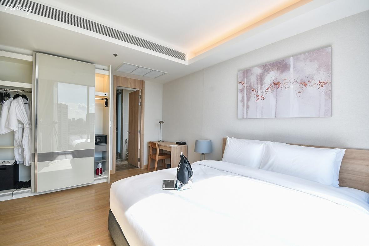 Oakwood Suite Bangkok (20)