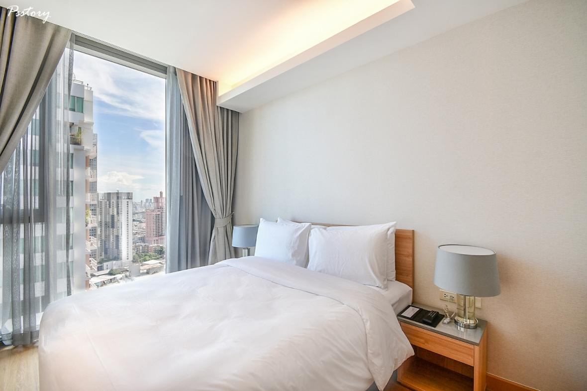 Oakwood Suite Bangkok (22)