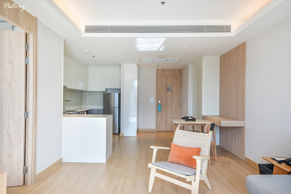 Oakwood Suite Bangkok (34)
