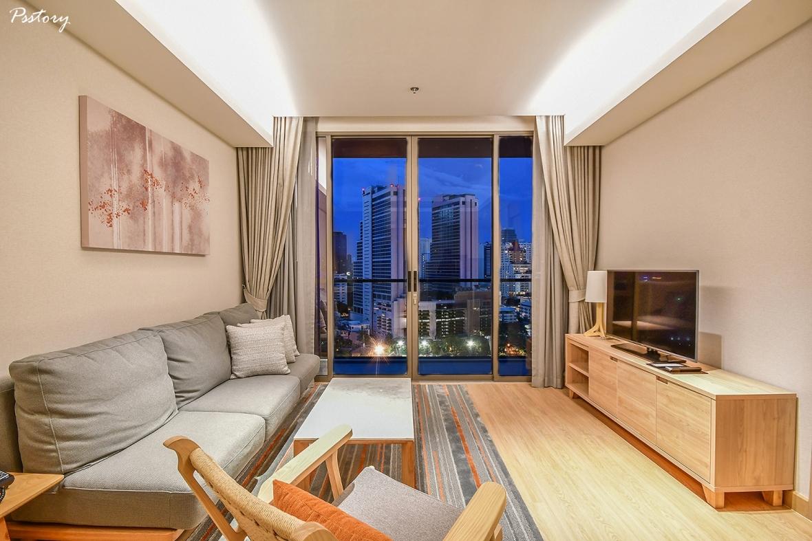 Oakwood Suite Bangkok (45)
