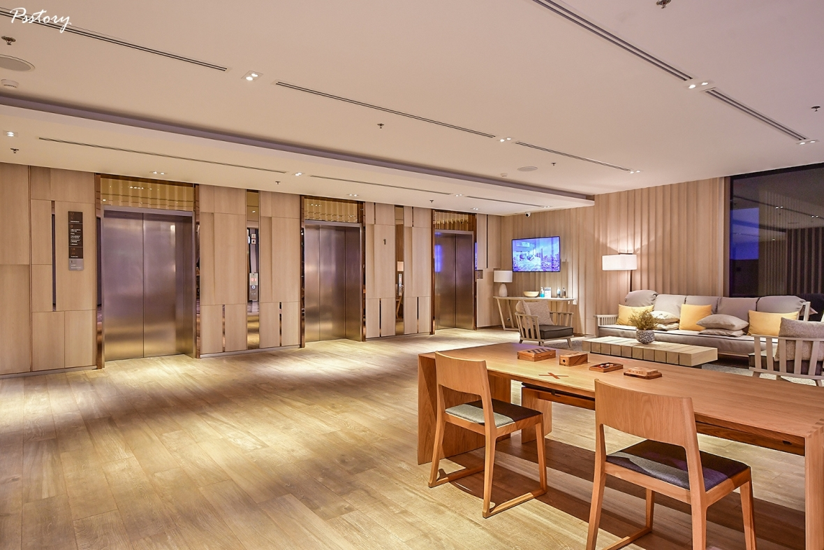 Oakwood Suite Bangkok (6)