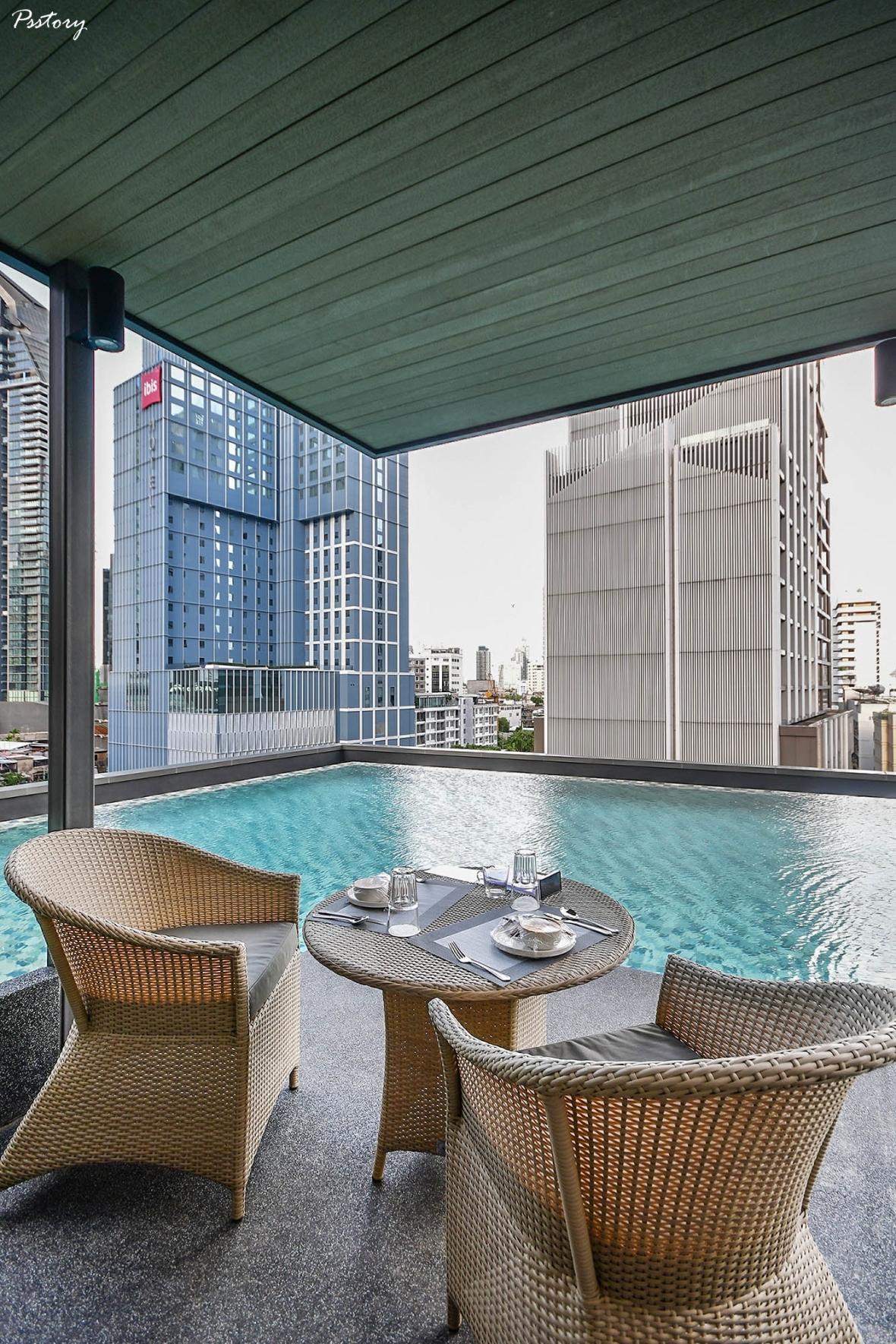 Oakwood Suite Bangkok (84)